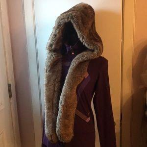 Simons faux fur  hat  size OS